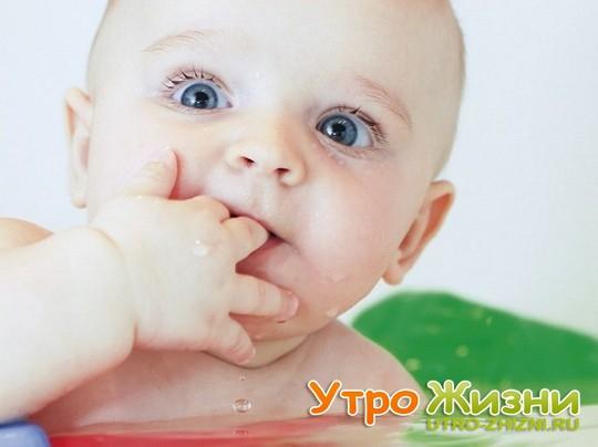 Прорезывание зубов у детей.