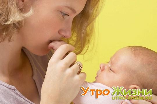 Простуда у грудного ребенка: как лечить и что делать